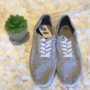 Wild Fable canvas sneaker